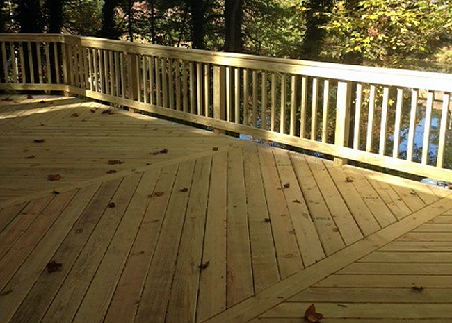 building wood decks in the fall