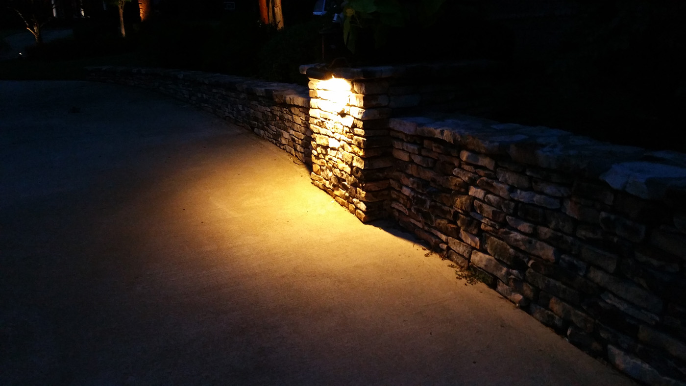 custom hardscape lighting