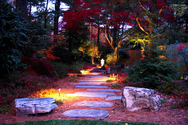 Path lighting displays colors