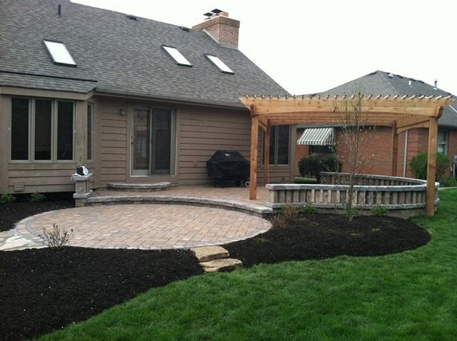 Beau Furniture Size And Shape Is A Key Factor In Planning The Size And Shape Of  Your Patio.