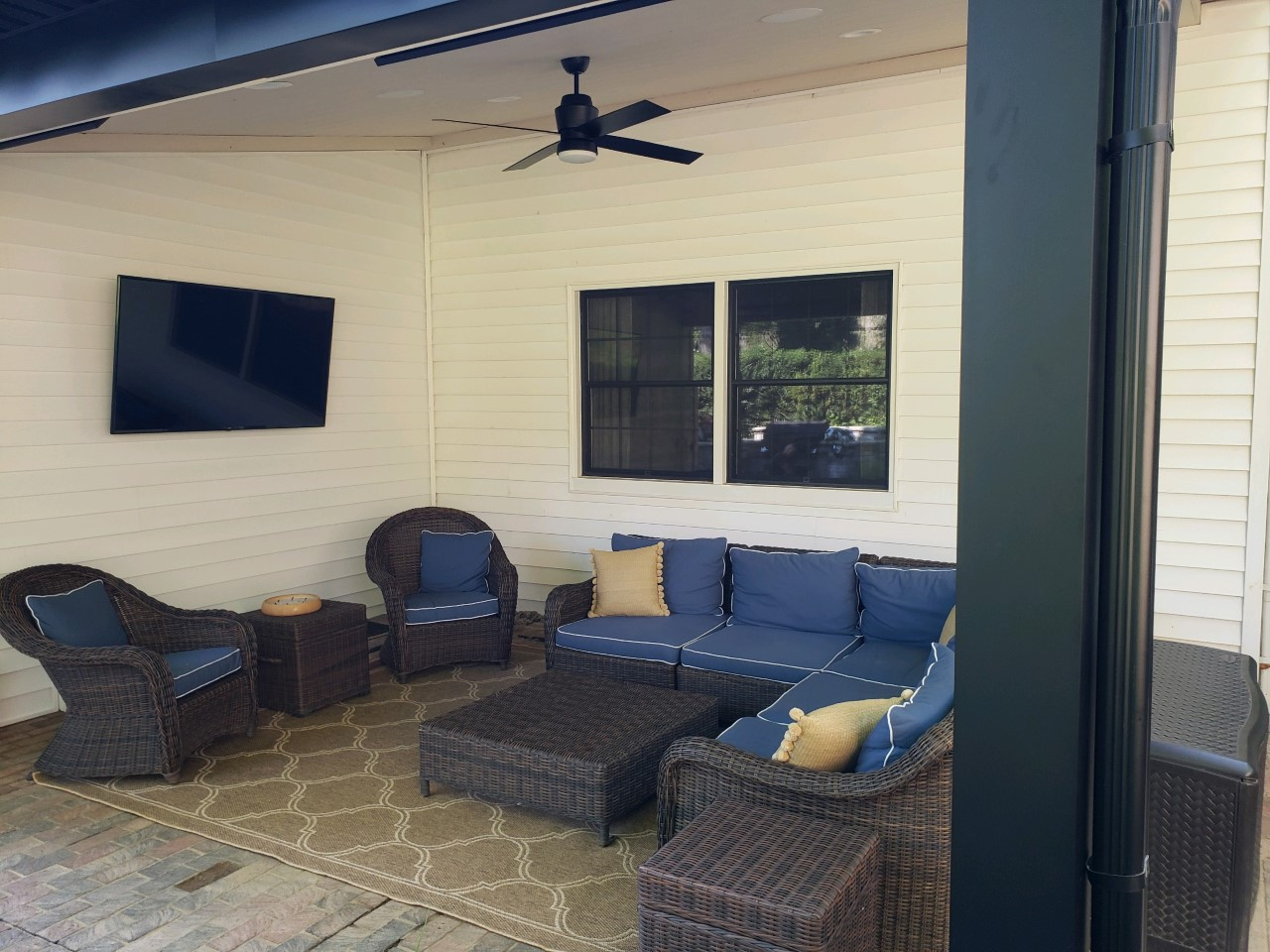 Covered-structures-offer-protection-for-outdoor-furnishings