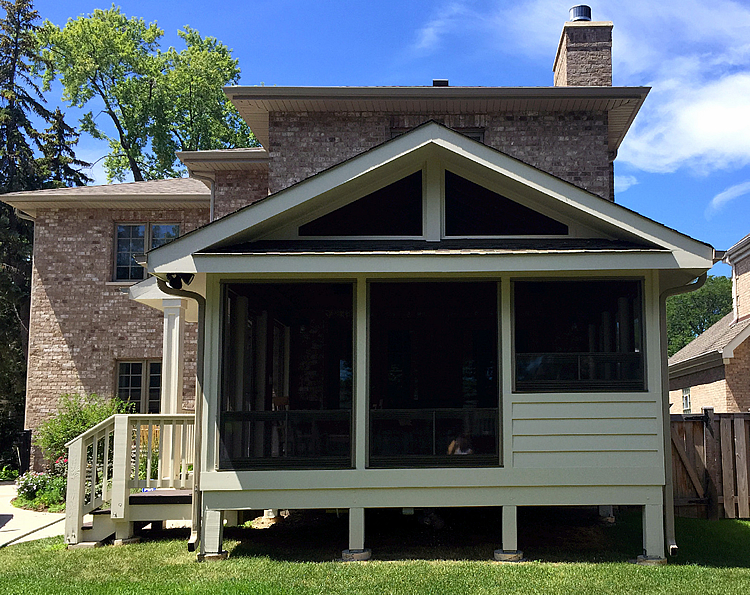 Chicagoland screened porch