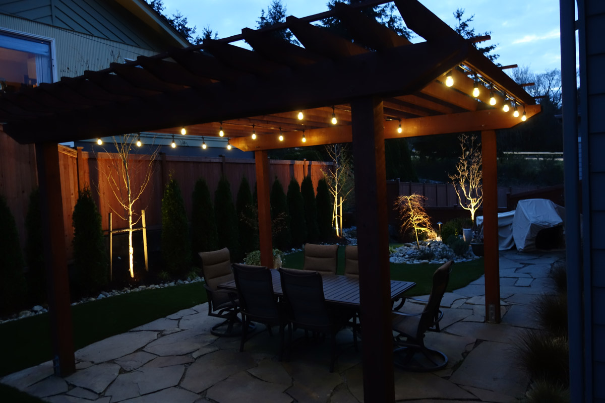 outdoor accent lighting installation