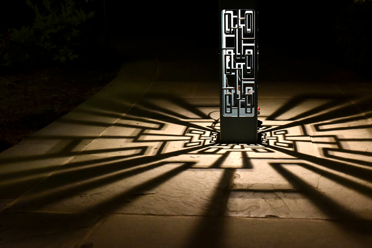 statement outdoor lighting