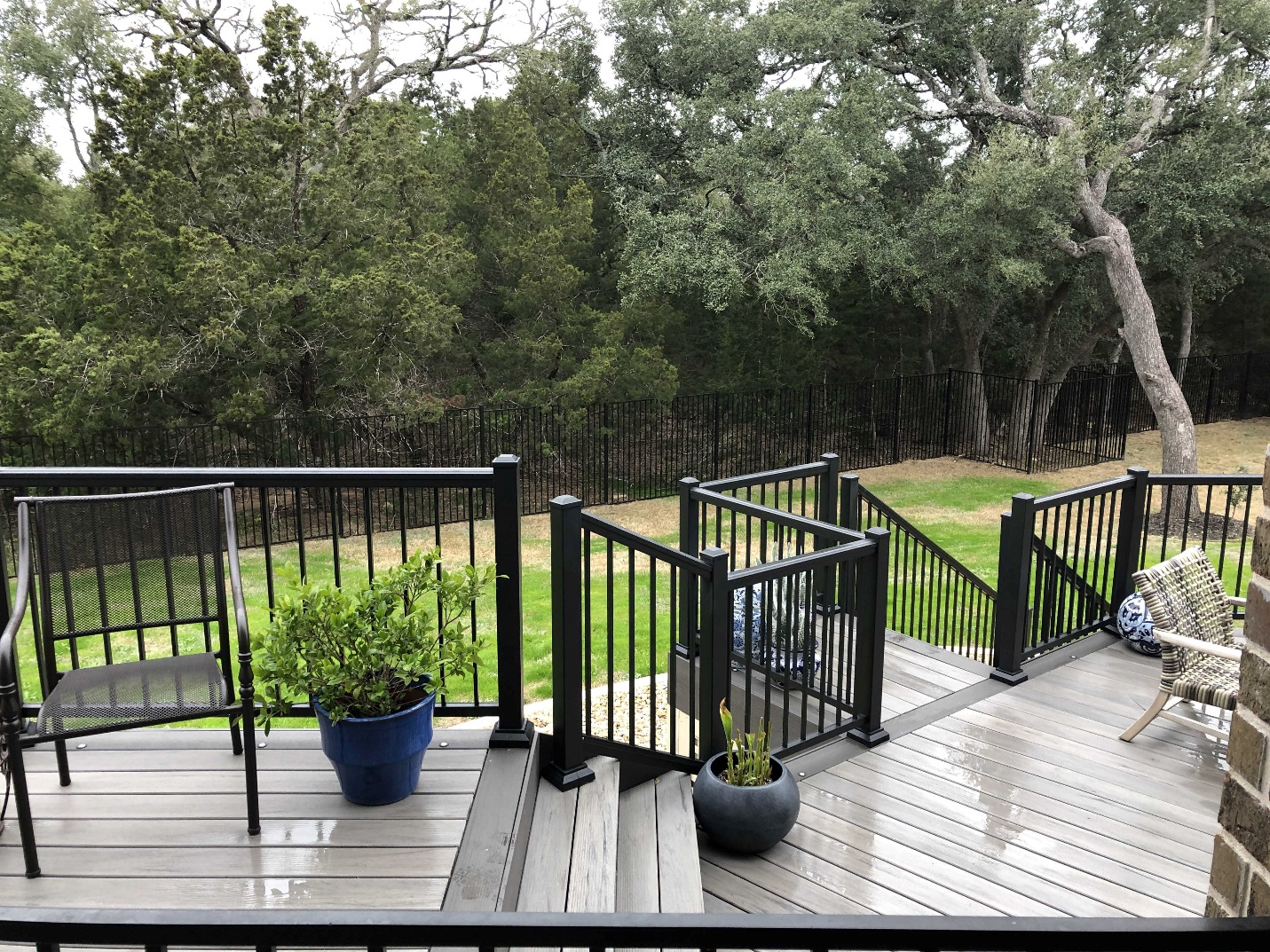 The-TimberTech-railing-adds-more-low-maintenance-benefits-to-this-Georgetown-deck