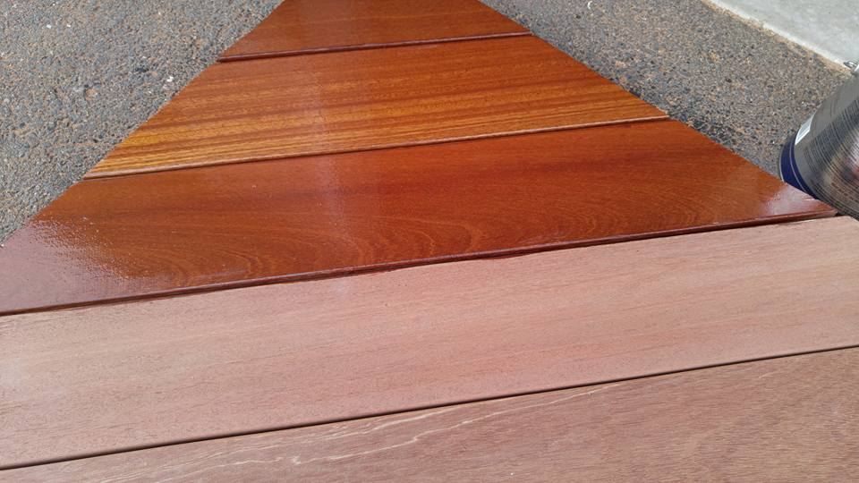 Mahogany Is A Popular Choice For Exotic Hardwood Decking Due To Its Lower Cost When Compared Other Hardwoods Mahoganys Gorgeous Red And Yellow Grain