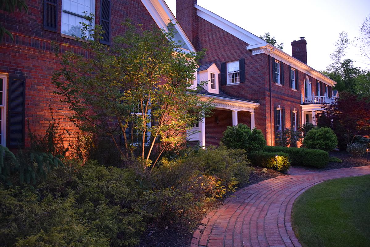 outdoor lighting design Lakewood Ohio