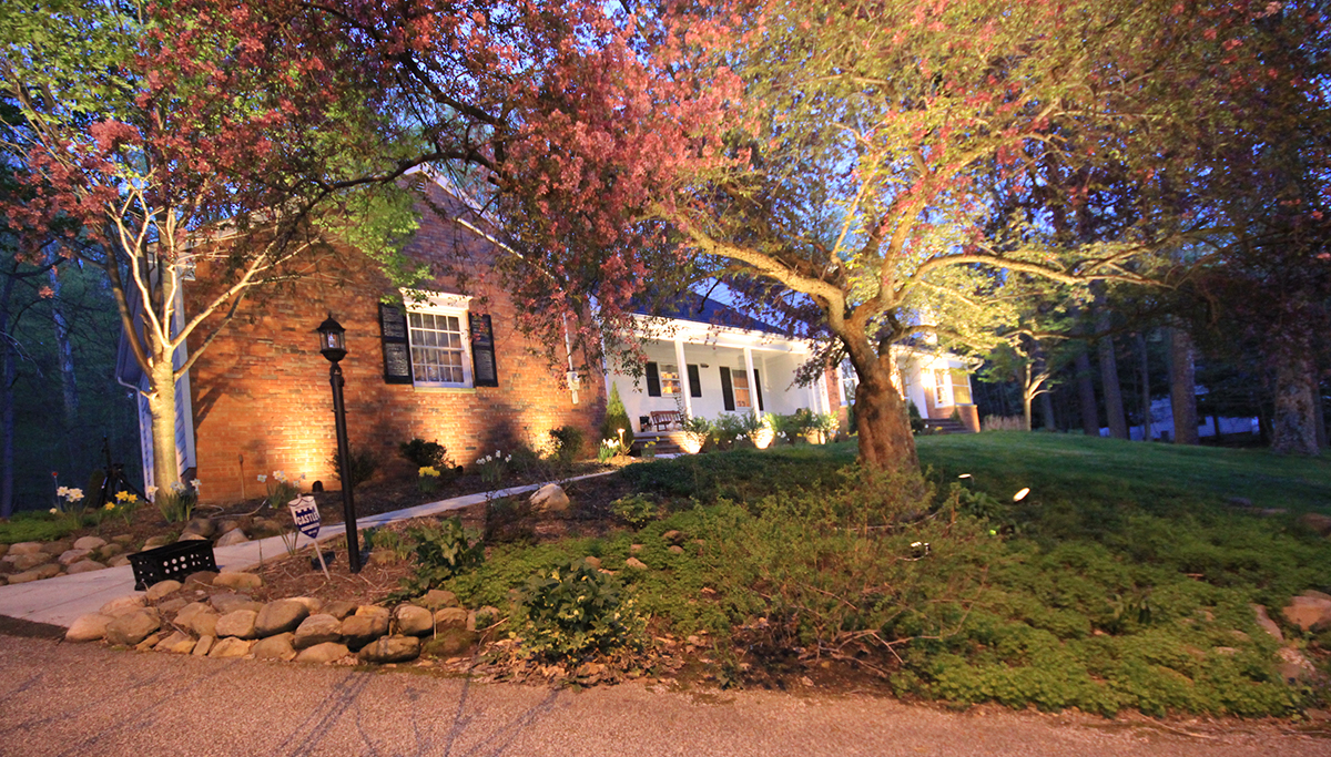 LED Outdoor Lighting for Akron OH Homes