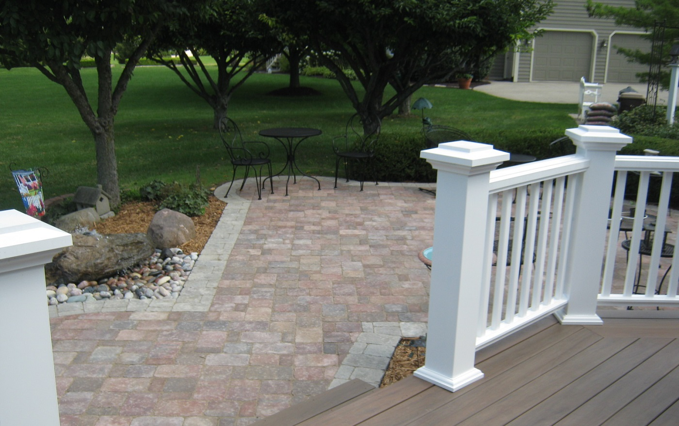 Low-maintenance-deck-with-paver-patio