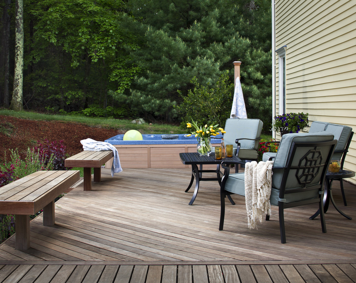 benches built-in to your deck