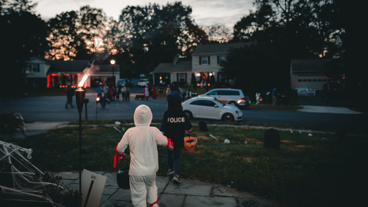 dark neighborhood for trick-or-treaters