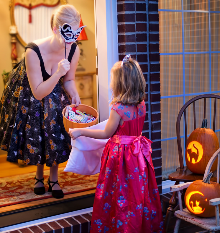 trick-or-treat safety with outdoor lights