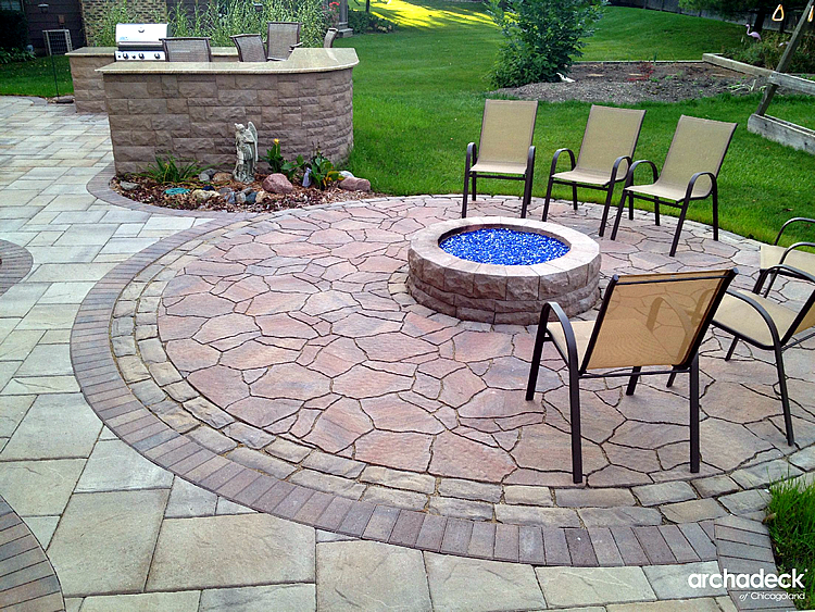Paver Patio With Built In Fire Pit Grill Surround And Outdoor Bar In Palatine Illinois%205-19