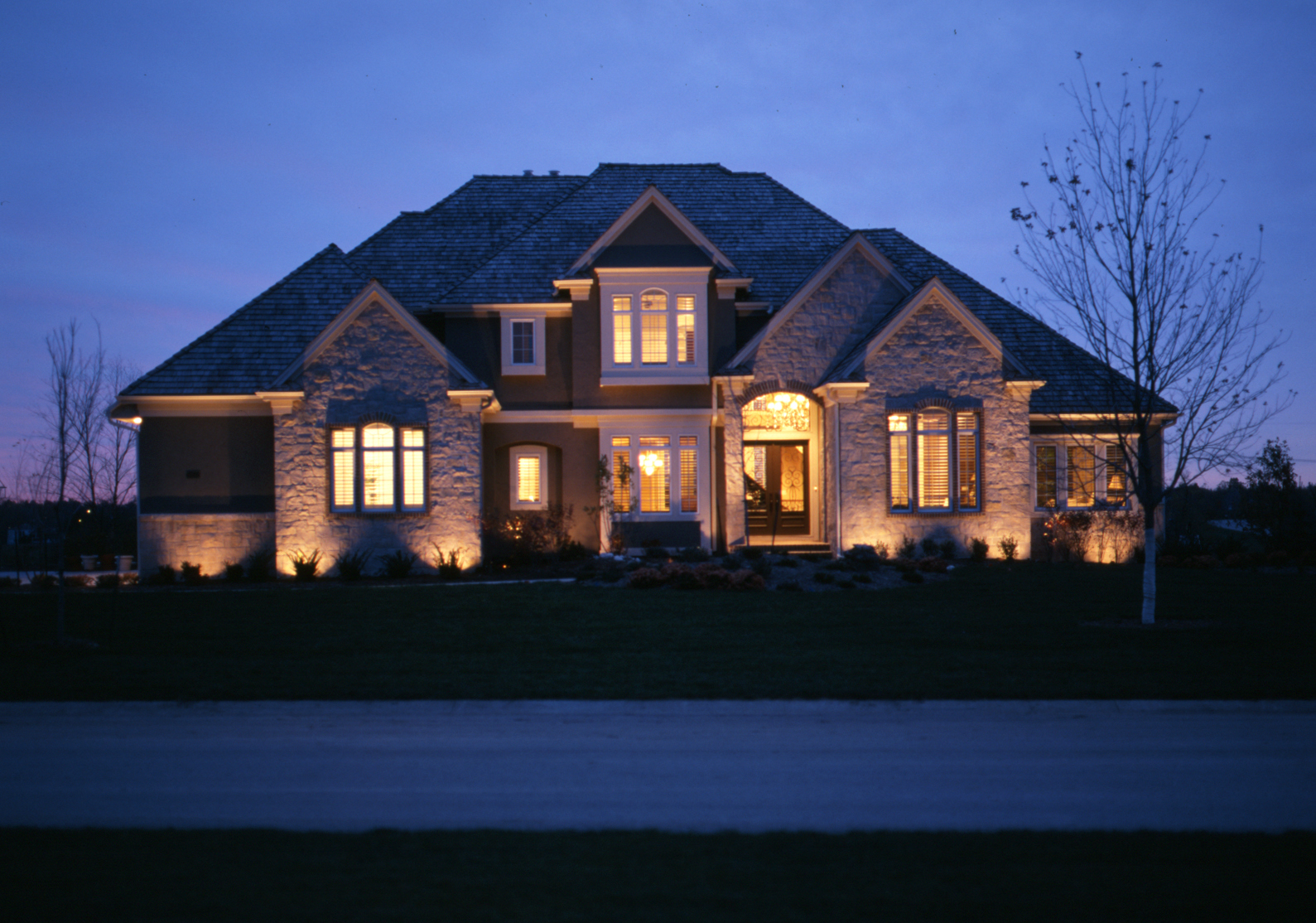 Professional outdoor led lighting in raleigh nc outdoor lighting color and appearance are the two things most people are anxious to find out in regards to led lighting with outdoor lighting perspectives of raleigh aloadofball Image collections