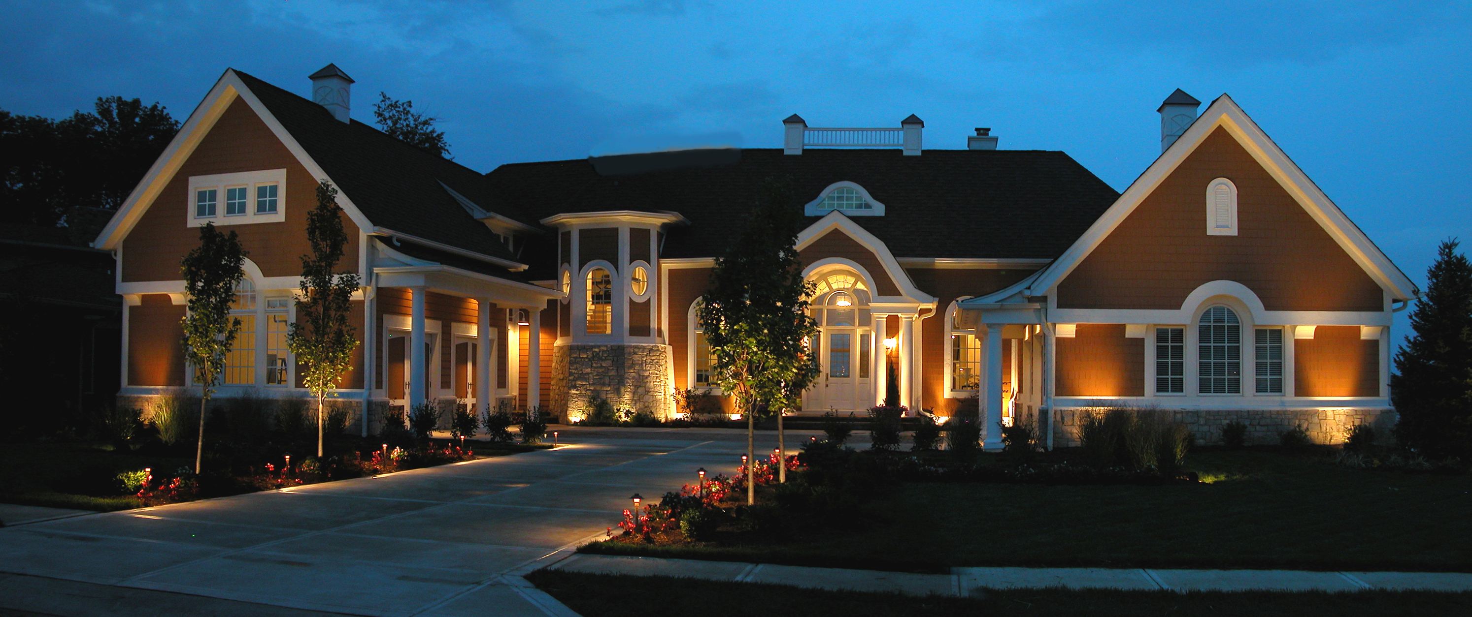 Landscape Lighting Franchise : Outdoor lighting perspectives franchise reviews iron