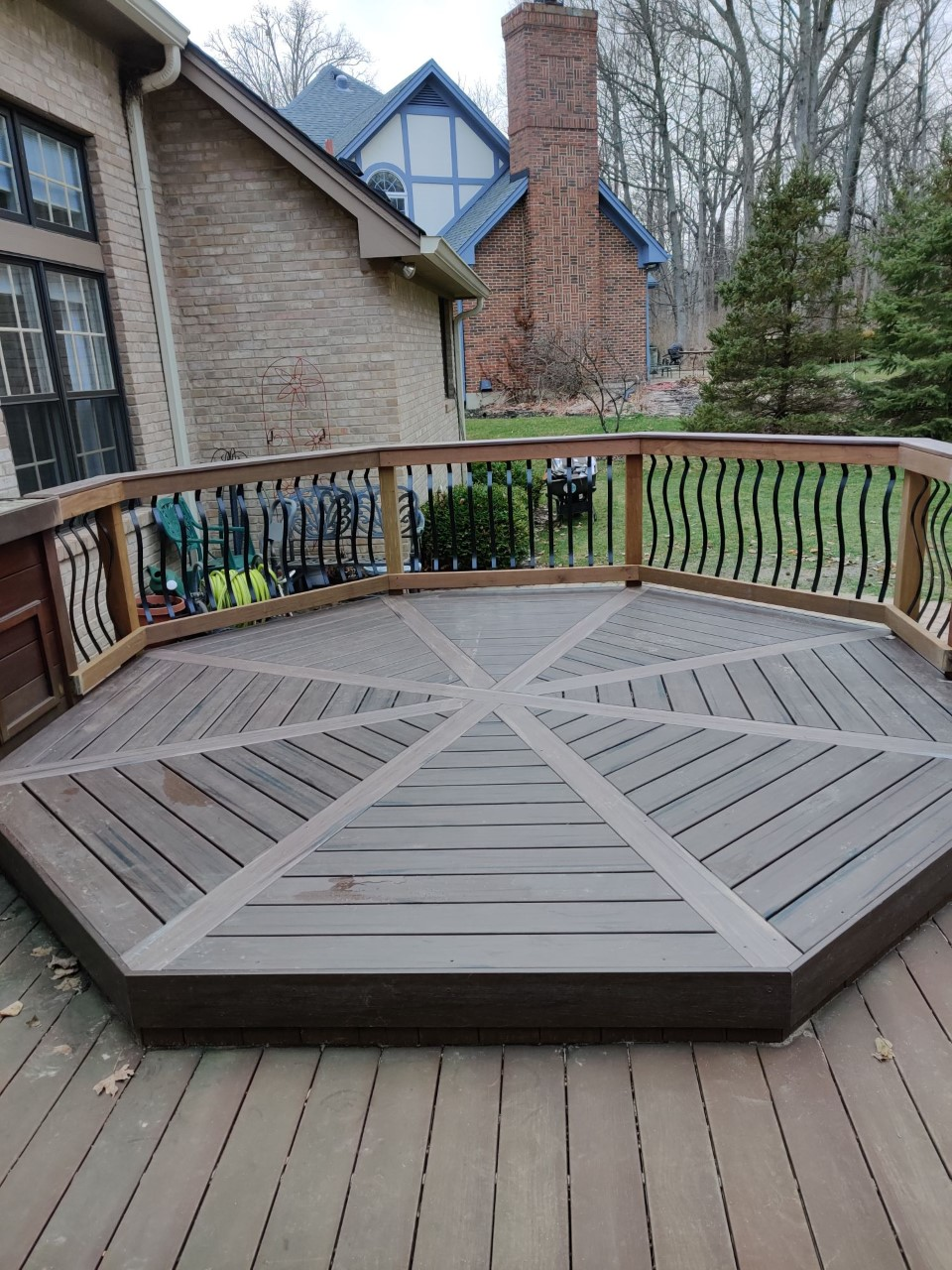 Stunning-deck-makeover-by-Archadeck