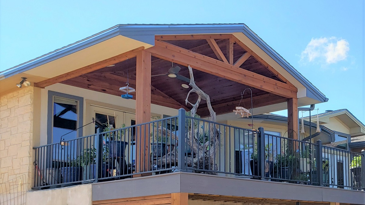 The-new-addition-is-tied-into-the-home's-roof