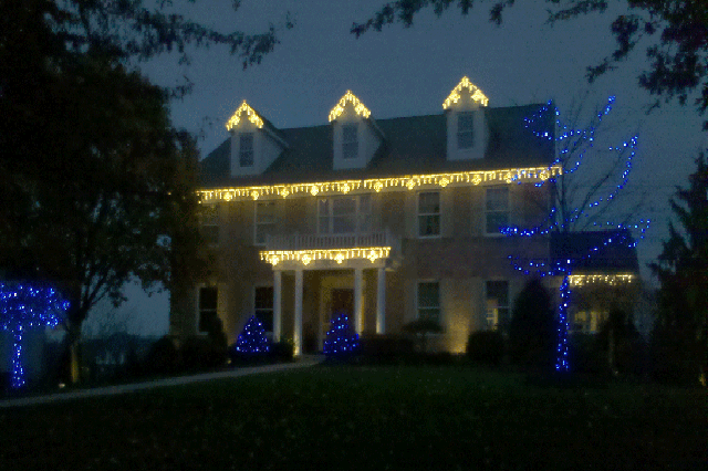Holiday outdoor lighting design and installation