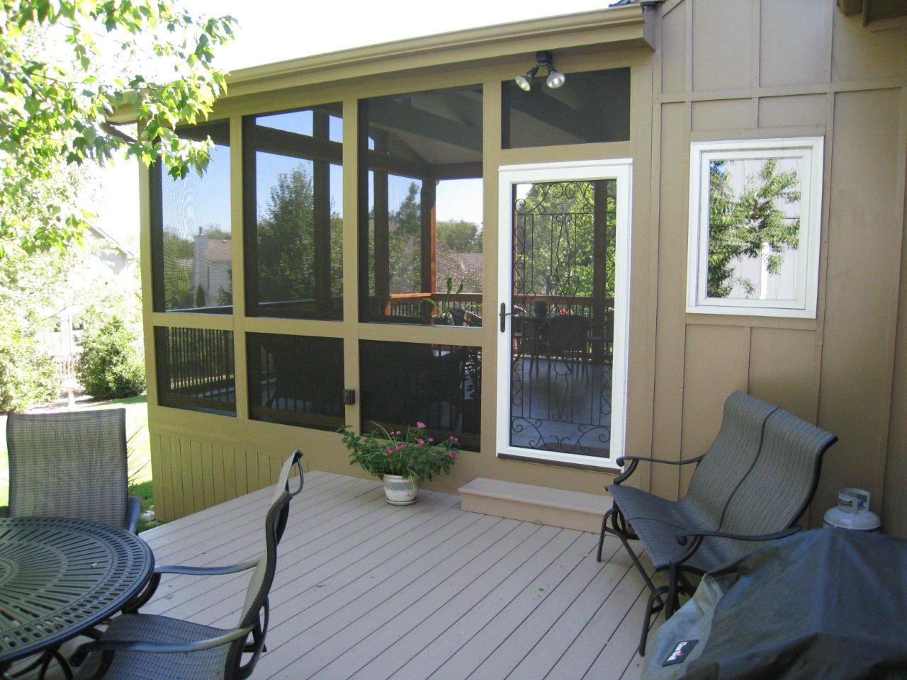 Overland Park deck and screened porch
