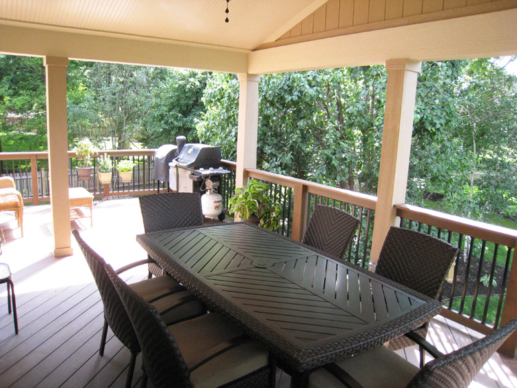 Overland Park deck and covered porch