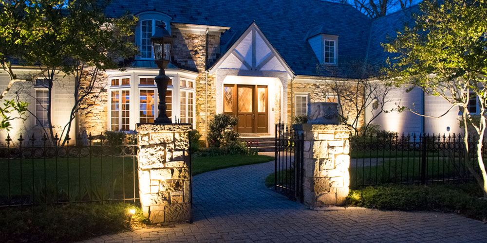 outdoor lighting company in Avon Lake OH
