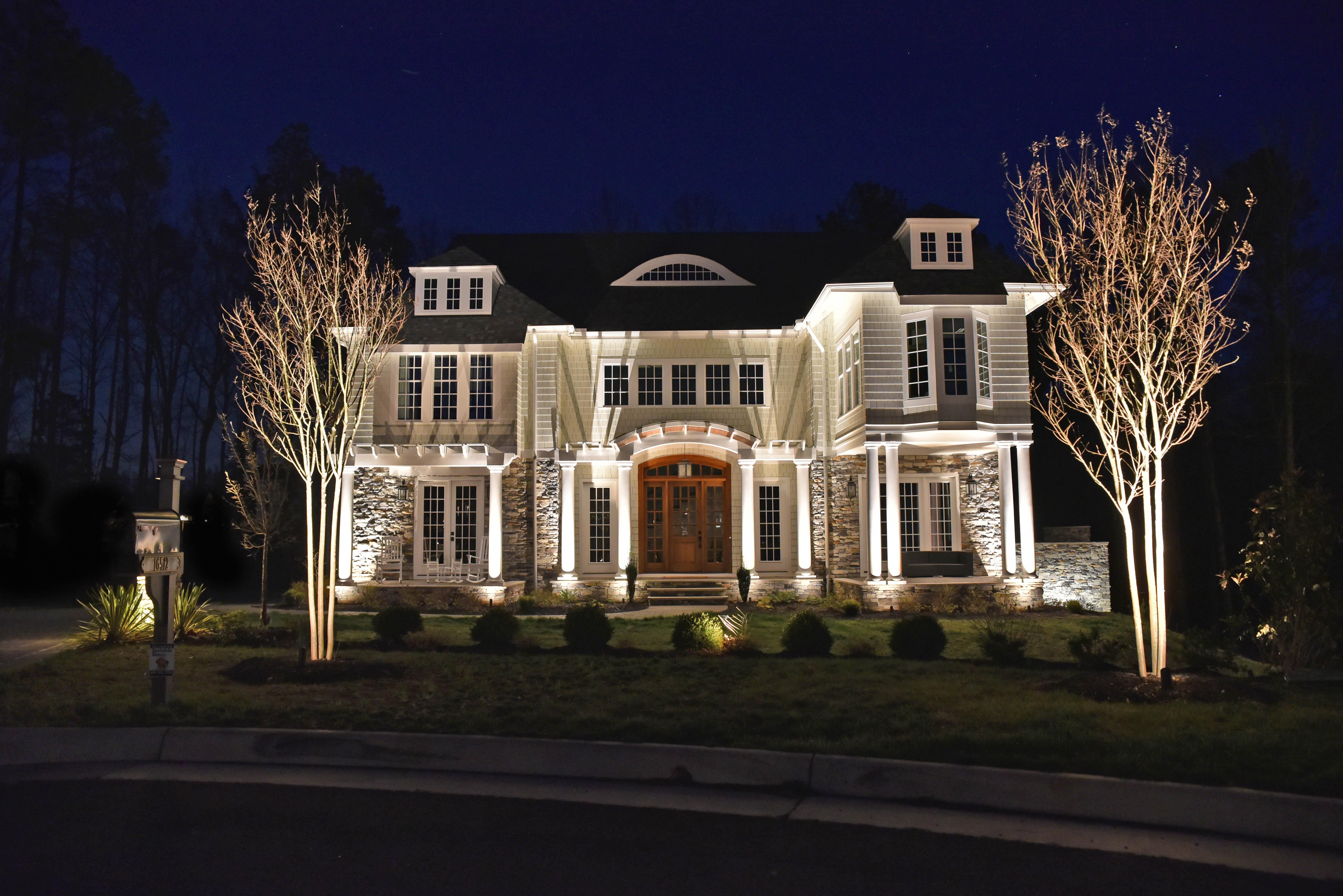 free nighttime lighting demonstration