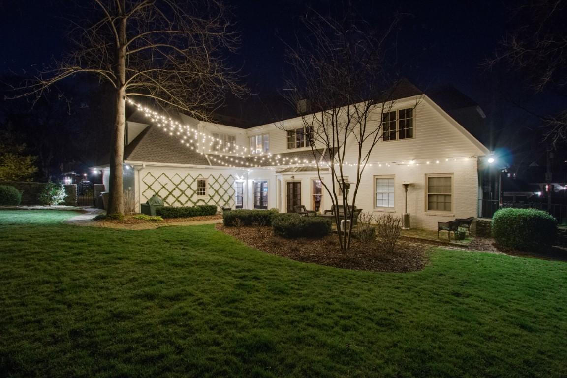 Wilmington festive lighting installation