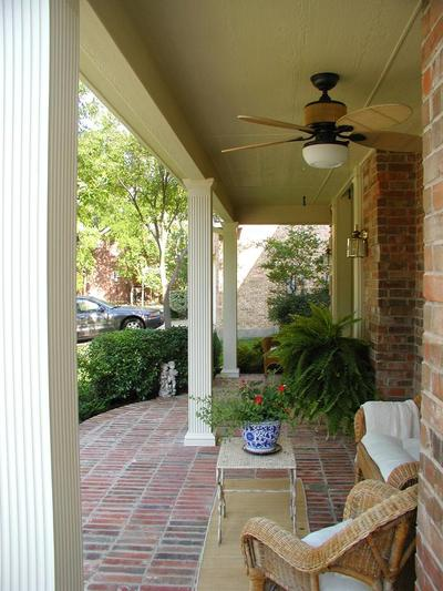 Front-porch-with--custom-hardscape-floor