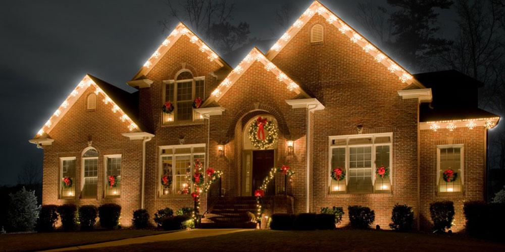 exterior holiday lighting installer Charleston SC