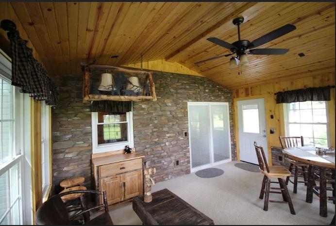 Rustic-interior-of-Louisville-OH-three-season-room