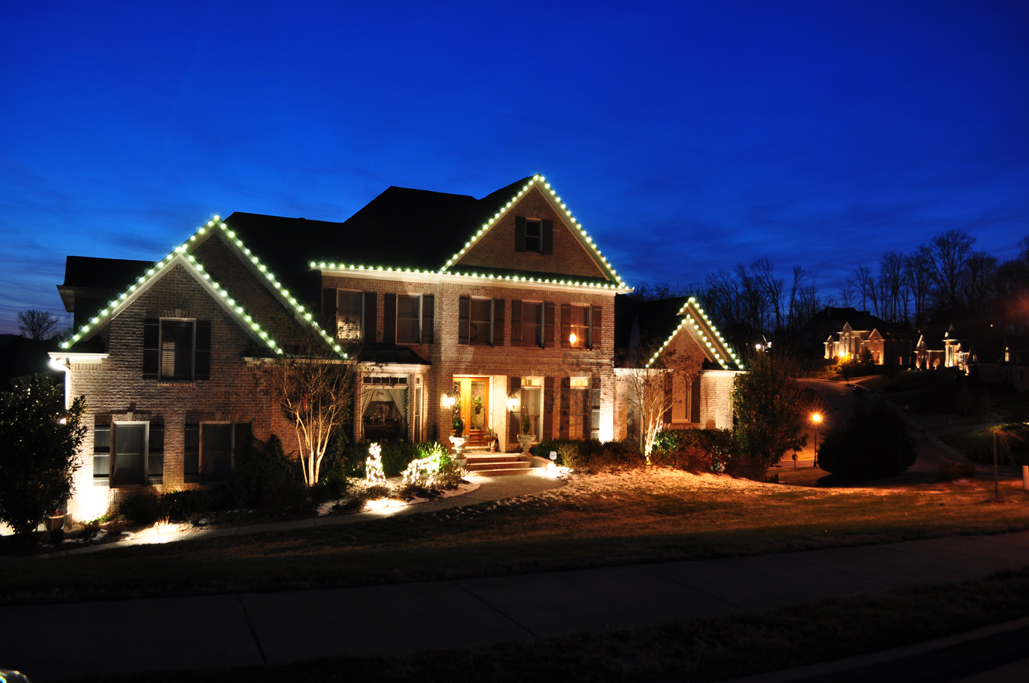 Greenville professional outdoor Christmas Lights