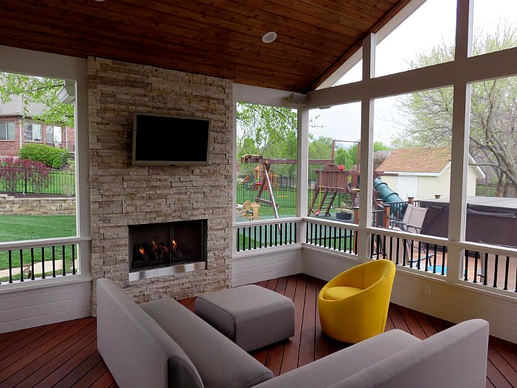Shawnee Kansas screened porch