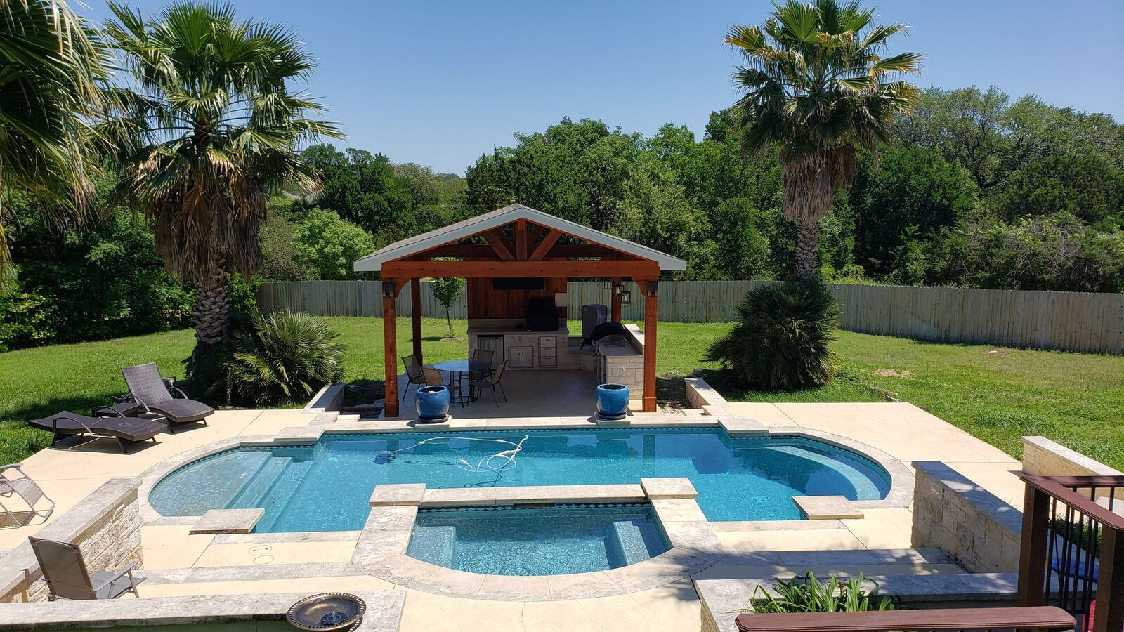 The-new-cabana-completes-this-backyard-oasis