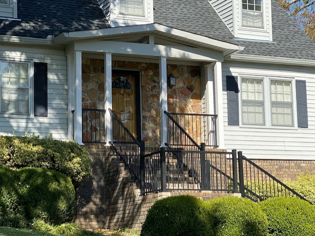 The-new-front-entry-looks-original-to-the-home-and-adds-tons-of-curb-appeal