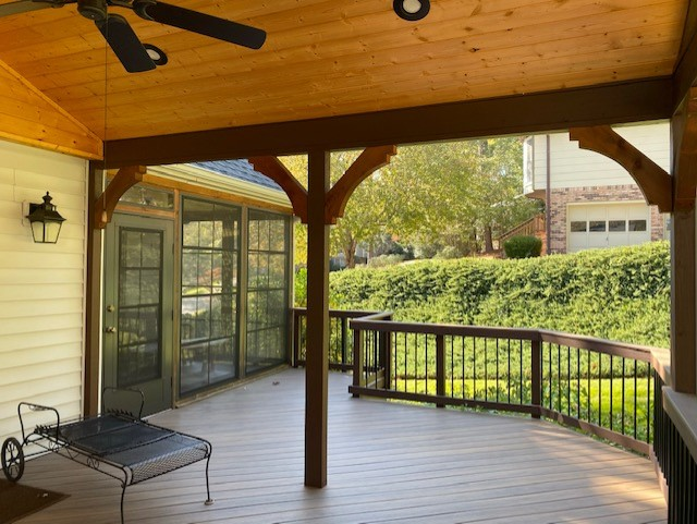 Combination-outdoor-living-space-in-Jefferson-County-AL