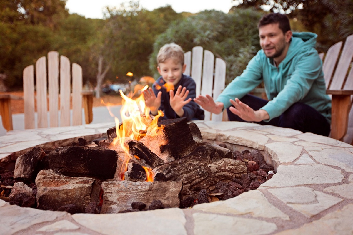 Wouldn't-a-patio-and-fire-pit-combo-be-nice-on-a-cool-spring-evening-?