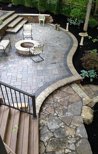 Our-custom-patios-and-hardscapes-are-a-work-of-art