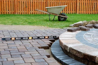 We-build-patios-the-RIGHT-way