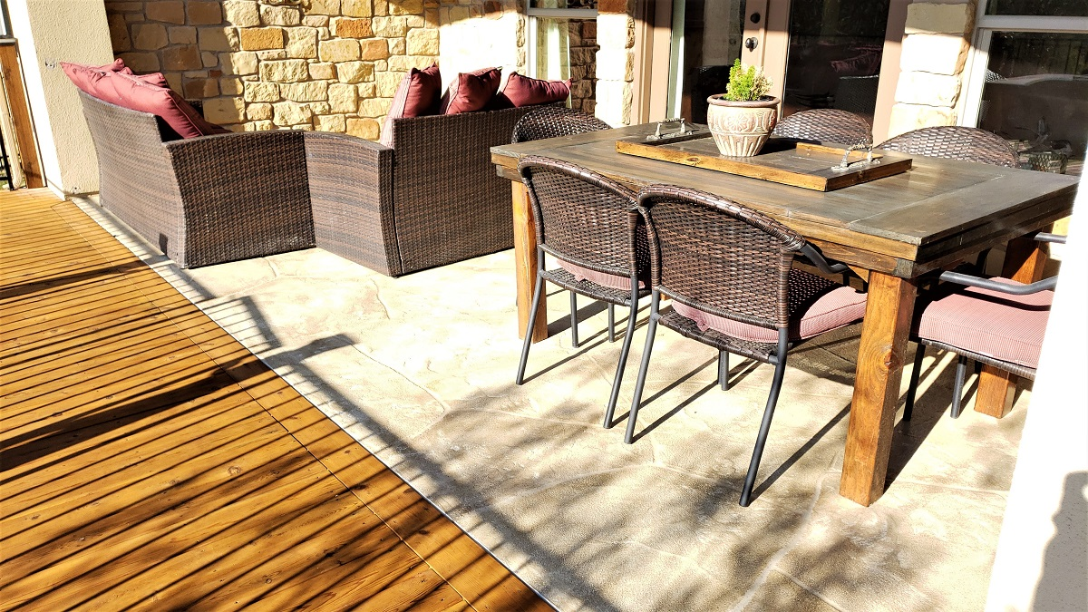 New-patio-floor-overlay-and-cedar-decking-expansion