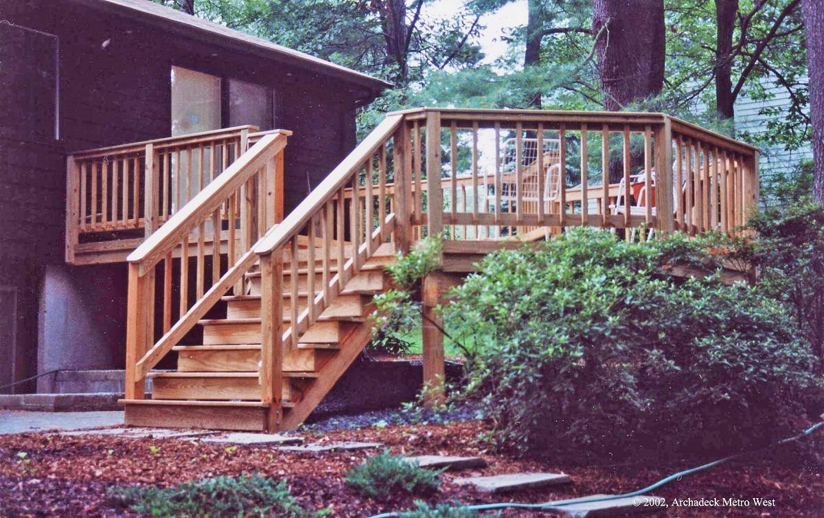 Stunning-octagonal-deck-in-Wayland-MA