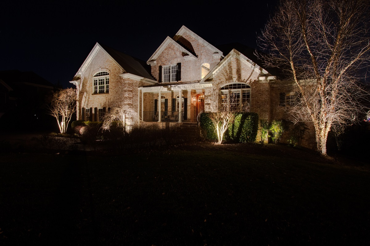 Outdoor-lighting-is-a-top-most-wanted-item-for-new-home-buyers