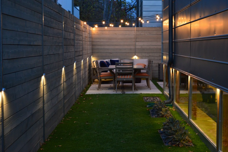 professional backyard market lighting