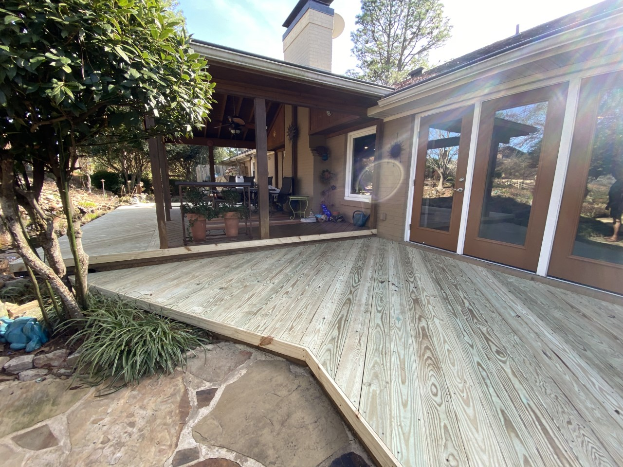 Act-now-to-get-the-outdoor-living-space-your-really-want-this-season