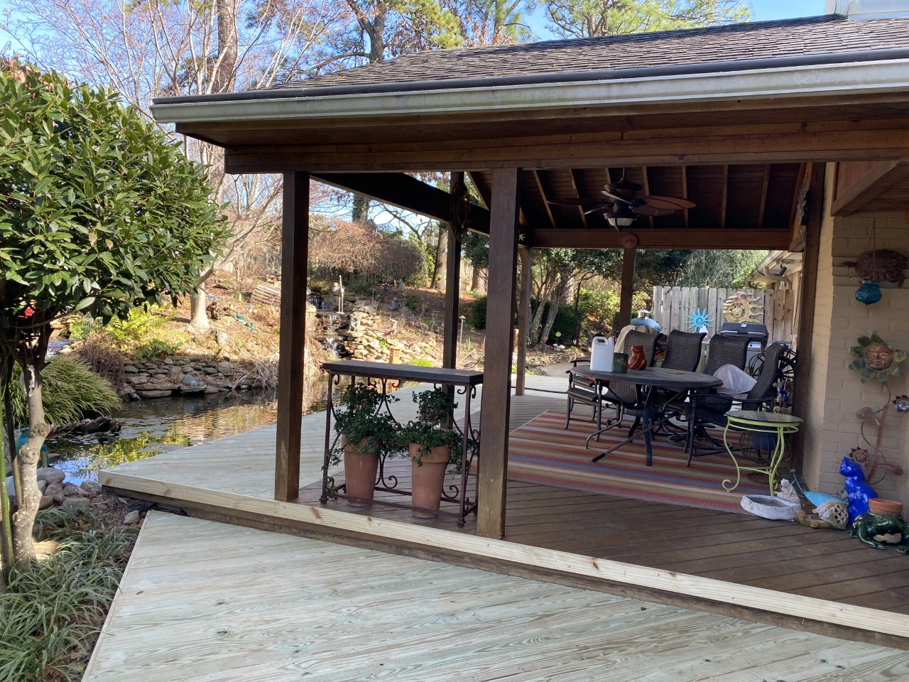 Wooden-deck-in-Vestavia-by-Archadeck-of-Birmingham