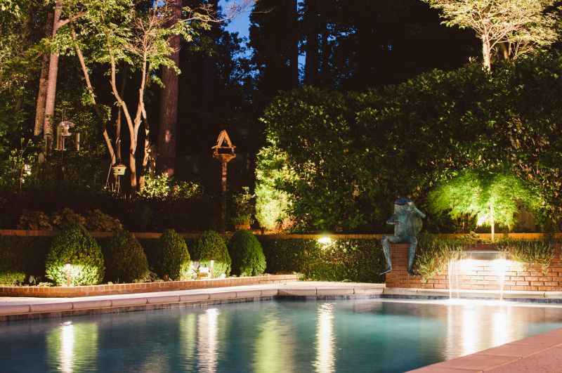 outdoor landscape lighting Pittsburgh