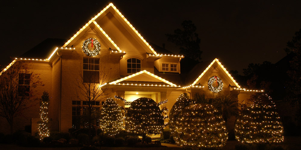 Outdoor Lighting Perspectives of Virginia Beachu0027s holiday outdoor lighting program is a full-service program that will make your home or business merry and ... & Outdoor Holiday Lighting Installer Virginia Beach
