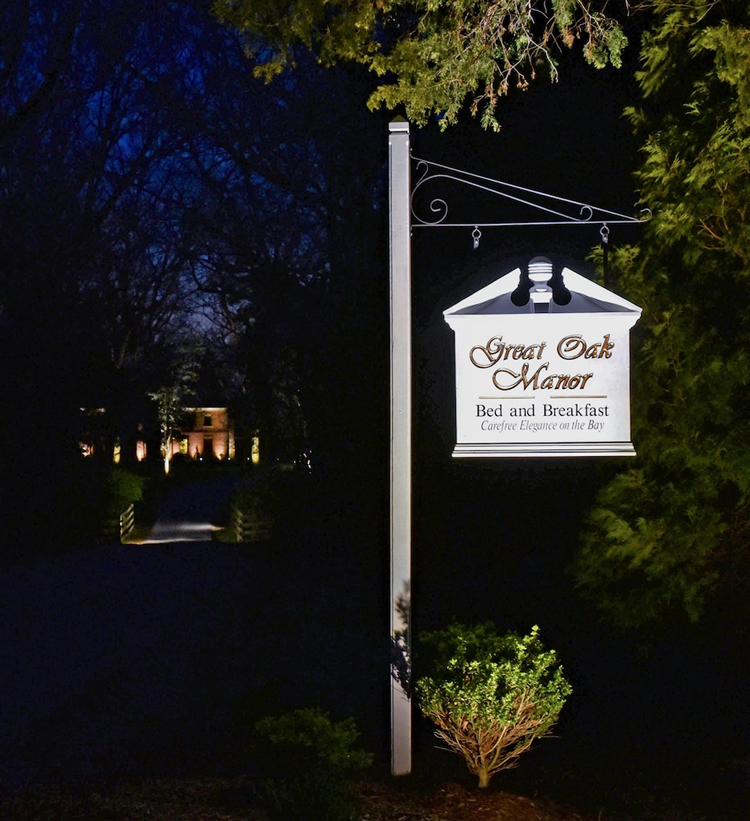 bed & breakfast signage lighting