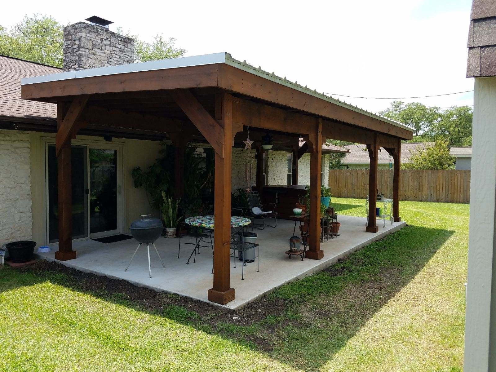 cedar-pergola-features-a-Galvalume-roof
