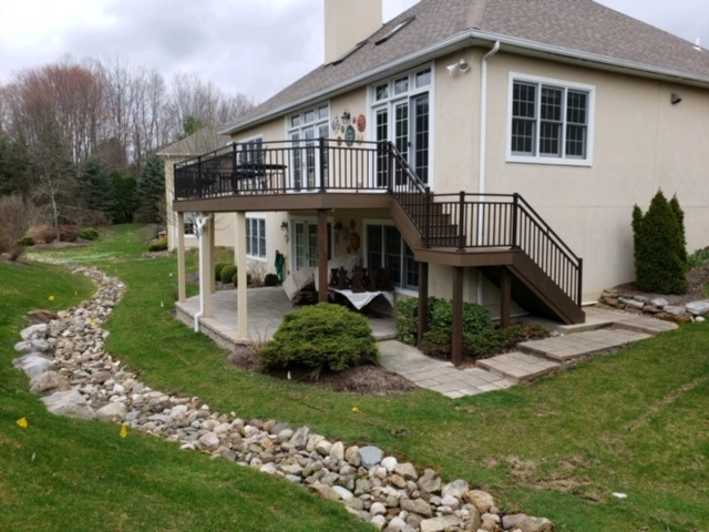 Archadeck-of-Akron-redecked-this-elevated-deck-using-TimberTech-low-maintenance-decking