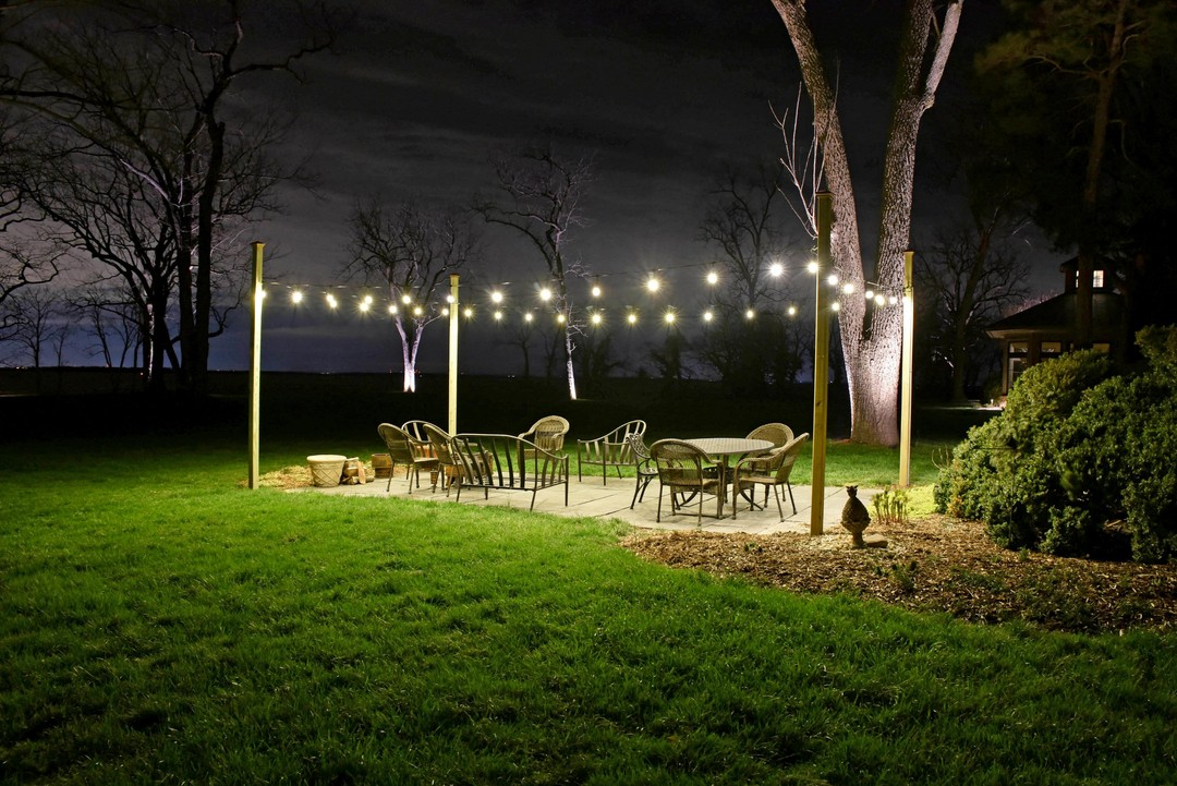 lighting for outdoor dining